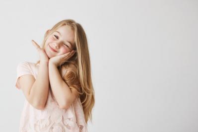 7 Pilihan Parfum Anak Terbaik dan Tahan Wangi